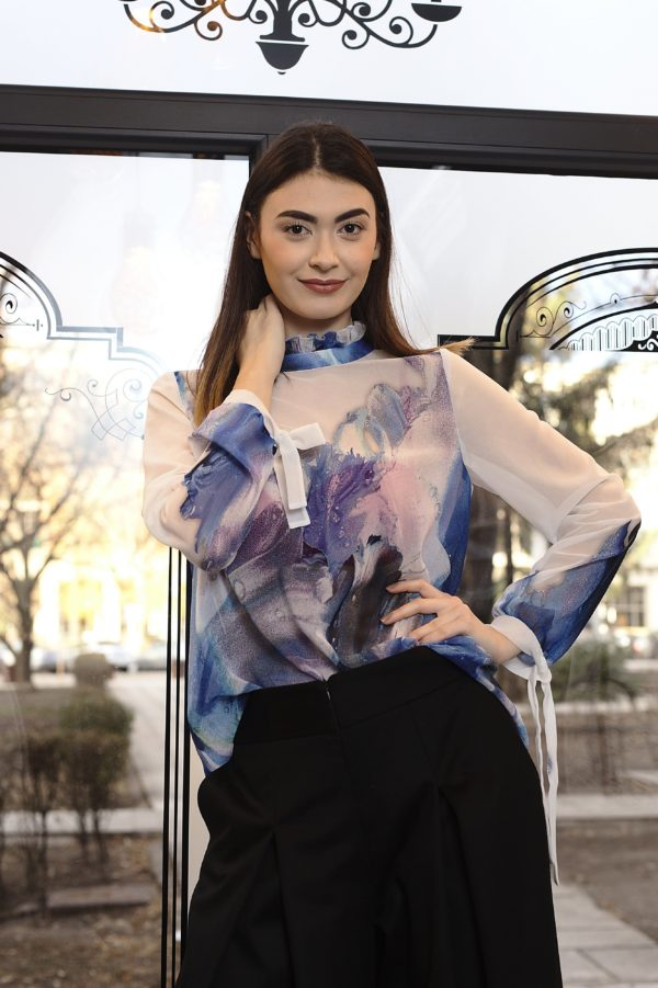 Bluză din voal imprimat de mătase