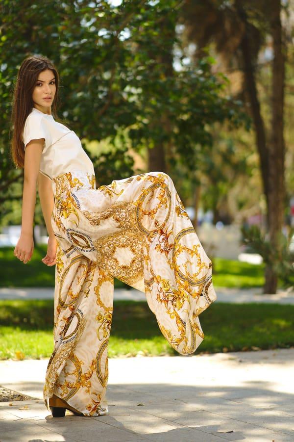 Pantaloni din mătase naturală imprimată