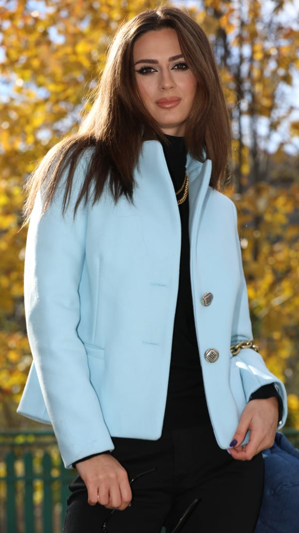 Jachetă scurtă din stofă bleu